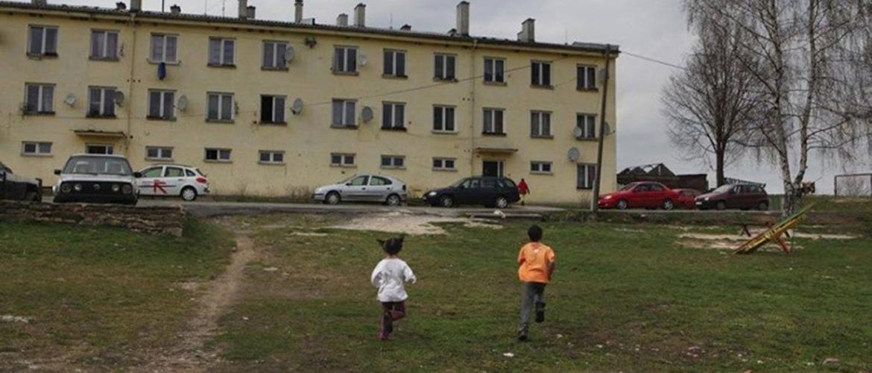 Opatření k mírnění dopadů pandemie COVID-19 na obyvatele sociálně vyloučených lokalit a ubytoven