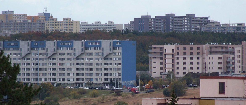 Výzva k obnovení rovného přístupu občanů České republiky k doplatku na bydlení