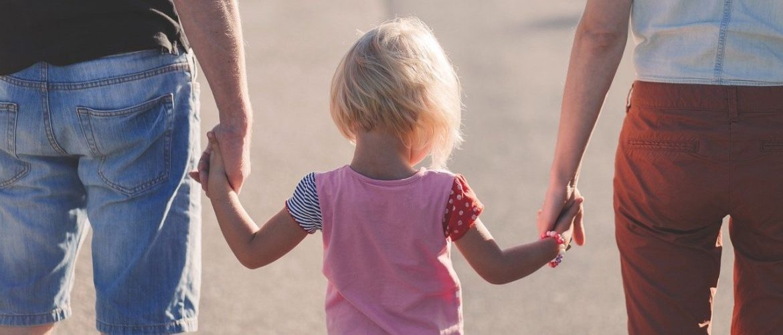 Odsuzujeme navrhované změny zákonů, které přinesou ještě větší bídu rodinám s dětmi